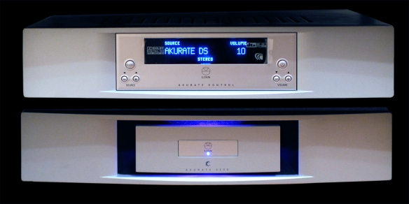 Linn-Akurate-kontrol-and-power-amp-C4200-x1600pxWBal