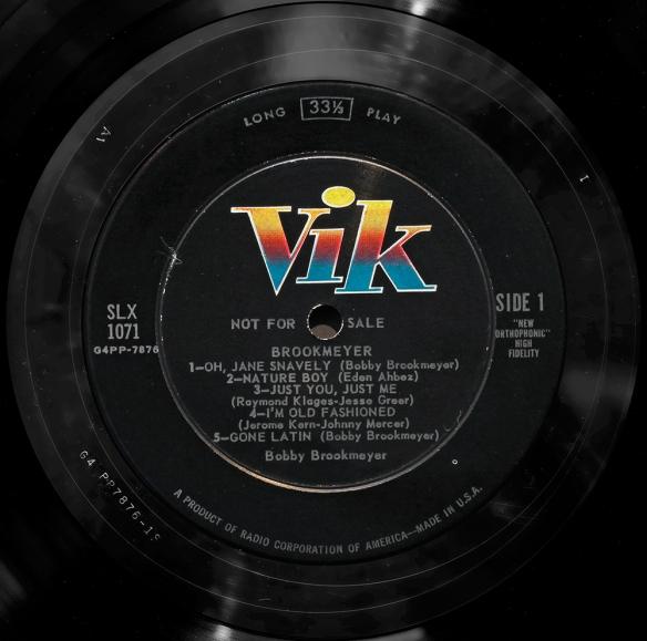 Vik-label-1000px