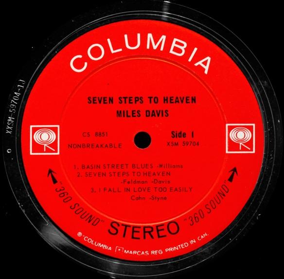 Columbia-2eye-Canada-stereo-black-arrows-1000