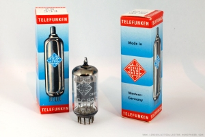 Telefunken-ECC82-NOS-x3-1800-LJC