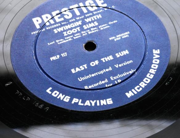 Prestige-ear-and-7E-10inch-sims-1