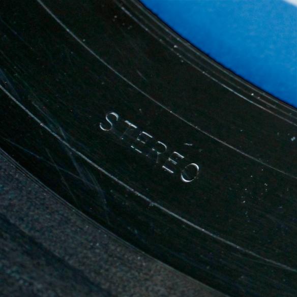 STEREO---VAN-GELDER-STAMP.jpg
