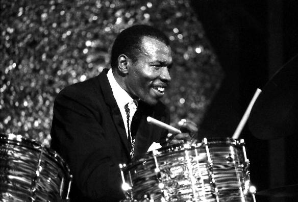 Elvin-Jones-Jazz-Expo-1970-(34a)-1920px-LJC